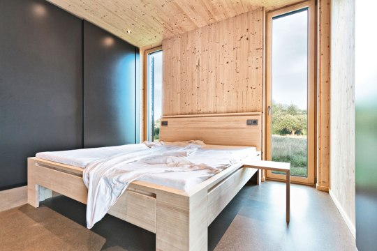 Interior - Summer Vacation Home - Wood=Larch
