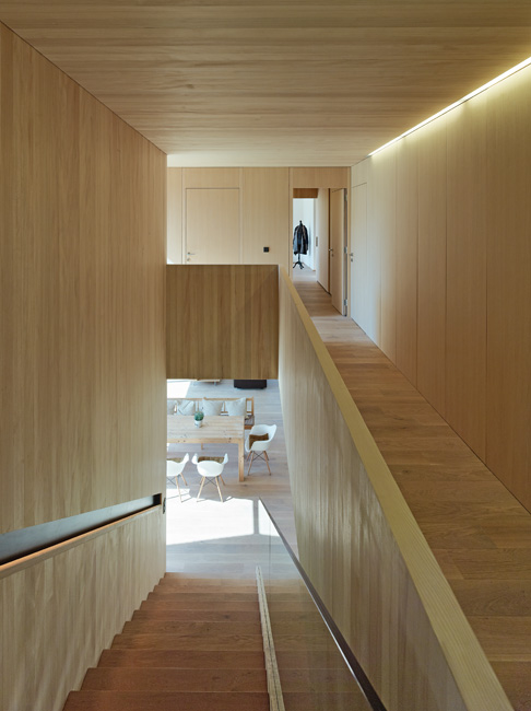 House R Interior -  Wood=Fir